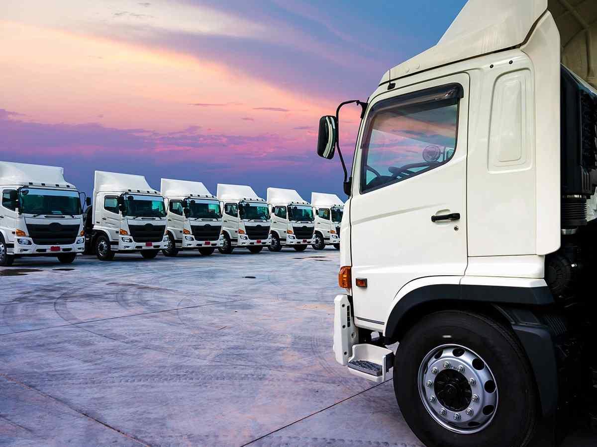 https://www.itetservizi.it/wp-content/uploads/2017/08/inner_big_trucks_02.jpg