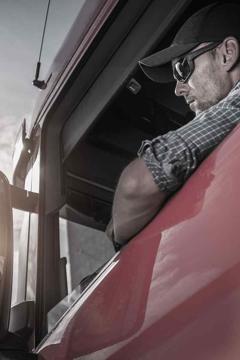 https://www.itetservizi.it/wp-content/uploads/2017/08/inner_big_trucks_05.jpg